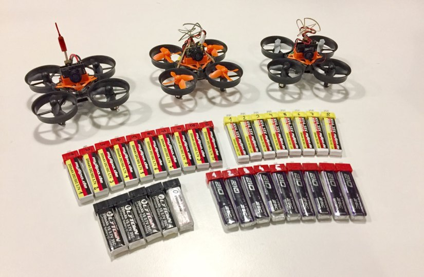 Mikro drony w2017
